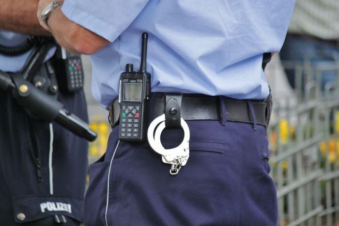 Policja Zawiercie: Zabrała cudzy portfel. Kto rozpozna kobietę?